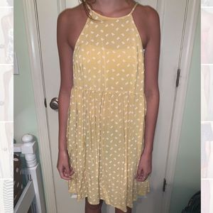 Casual yellow dress